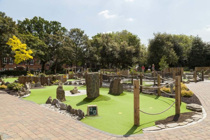 Wandsworth Park Mini Golf Course | Putt in the Park